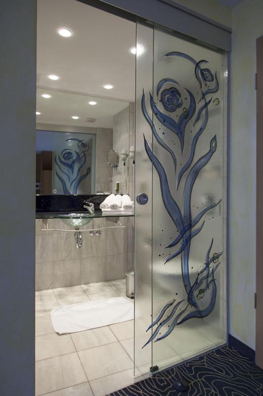 referenzen glasdesign bus. Black Bedroom Furniture Sets. Home Design Ideas